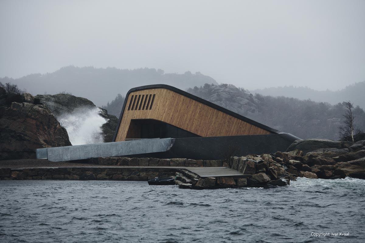 HRC Europe / Under – Underwater restaurant - copyright Ivar Kvaal