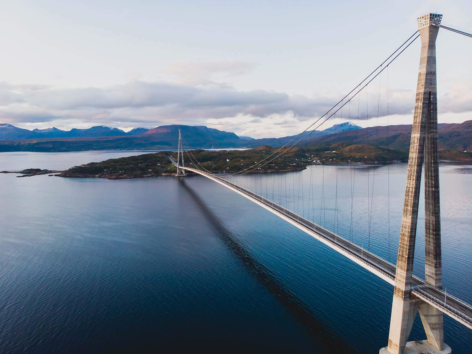 Hålogaland bridge / HRC Europe